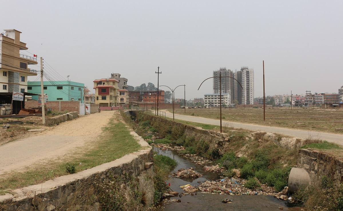 कर्मनासाको जग्गा हडप्ने नापी कार्यालयका कर्मचारीसहित काठमाडौं अस्पताल र यूरो हाउजिङ बिरुद्ध भ्रष्टाचार मुद्दा