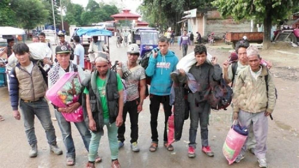 भारतमा संक्रमणको चपेटामा नेपाली, ६० हजारलाई तत्काल उद्धार गर्नुपर्ने