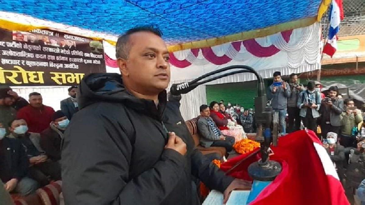 अदालत र न्यायाधीशहरुलाई धर्म नछाड्न कांग्रेस नेता थापाको आग्रह