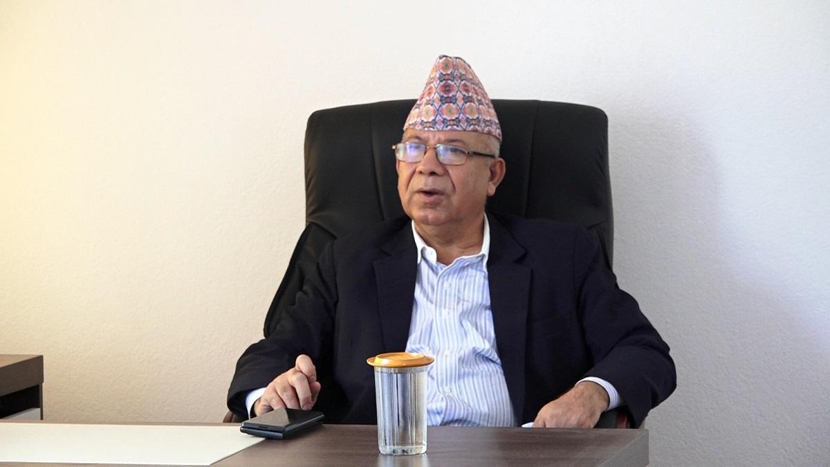 २३ भदौं अघि मन्त्रिपरिषद् बिस्तार हुँदैन्ः माधवकुमार नेपाल