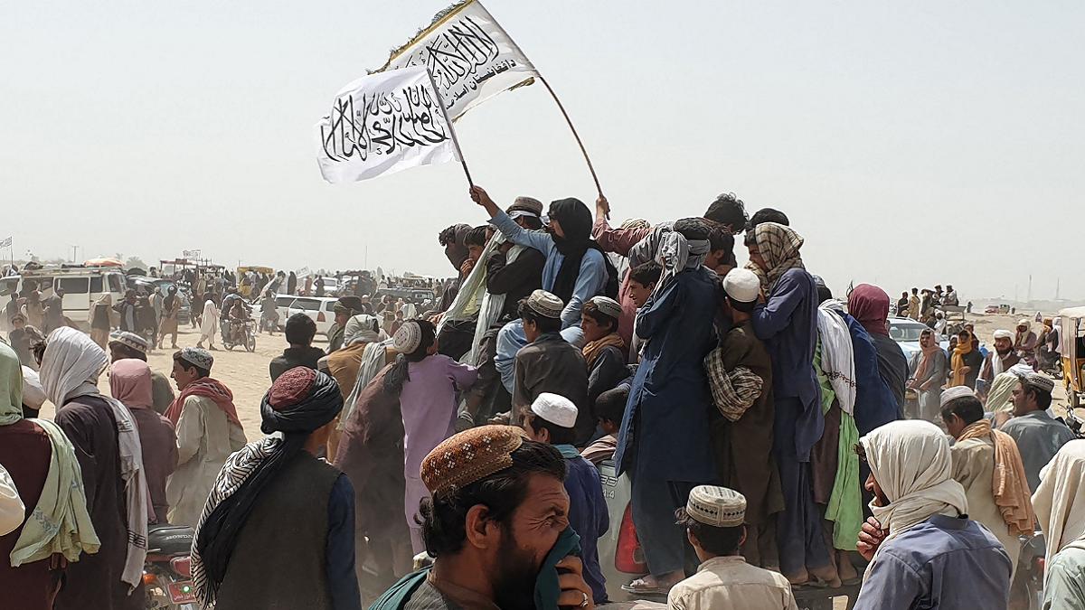 सरकार ! अफगानिस्तानमा फसेका हजारौं नेपालीको छिटो उद्धार गर